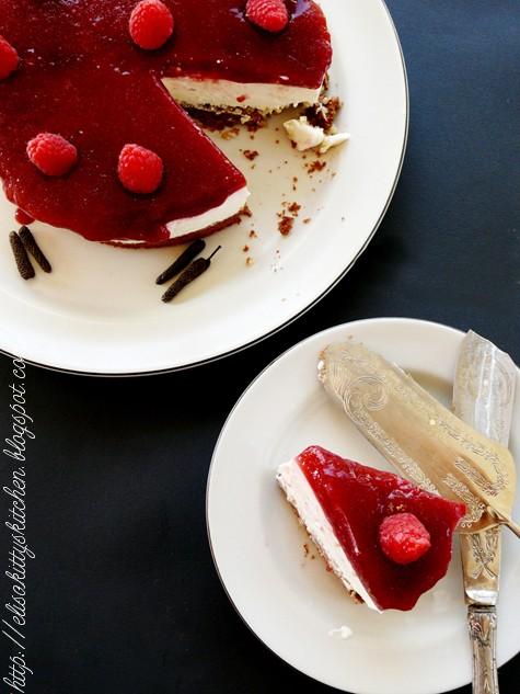 qinoa cheesecake ai lamponi e pepe lungo