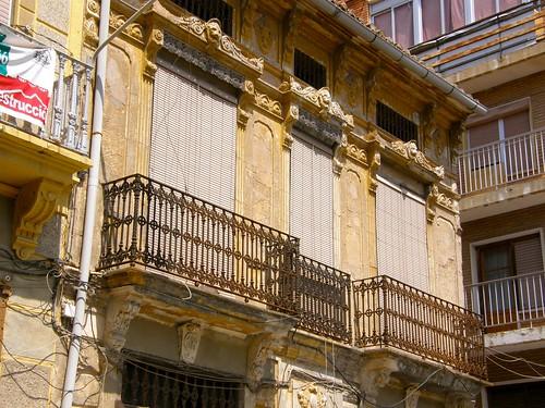 41.Balcones