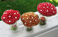 Soooooo many French knots!! (woolly  fabulous) Tags: red wool mushroom recycled felt pincushion shakers embroidered terrarium saltandpepper frenchknots