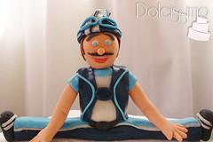 gumpaste sportacus (anita.dolcissimo) Tags: cake cupcake gumpaste sportacus