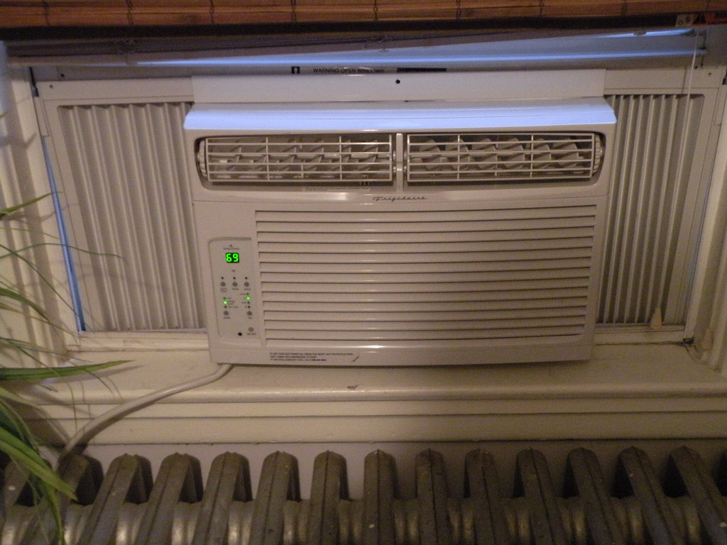 FRIGIDAIRE AIR CONDITIONING UNITS Frigidaire Air Conditioning Units  #223BA9