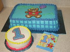 1st birthday & mini cake (Edible Epiphanies) Tags: cake birthdaycake 1stbirthday buttercream kidscake