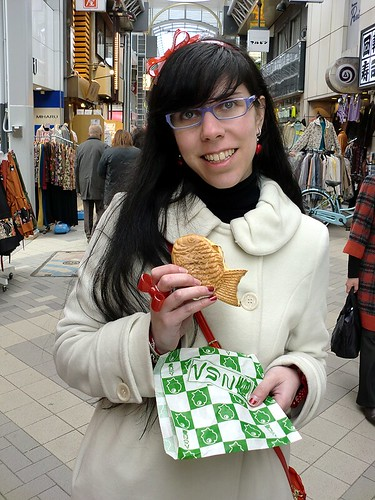 Taiyaki Eating 02