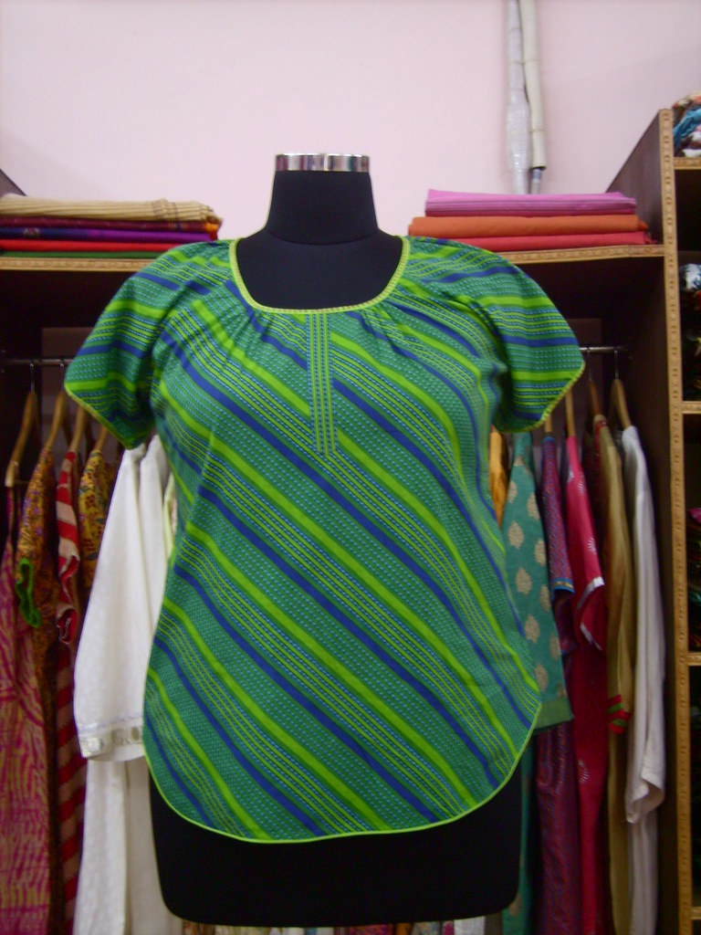 Plus Size Designer Top with Diagonal Lines from DAMYANTII Jaipur INDIA