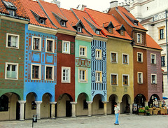 Merchants' Houses - Poznan - Poland (ShambLady) Tags: old city blue houses square colours market poland polska polish baltic historic pole polen historical colourful merchants plein 2009 polo