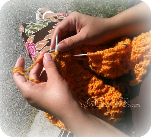 sitting knitting on a bench http://imadeitso.com