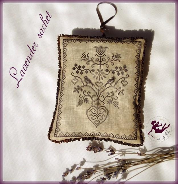 Amitie Alsacienne lavender sachet_by Nina_2010aug