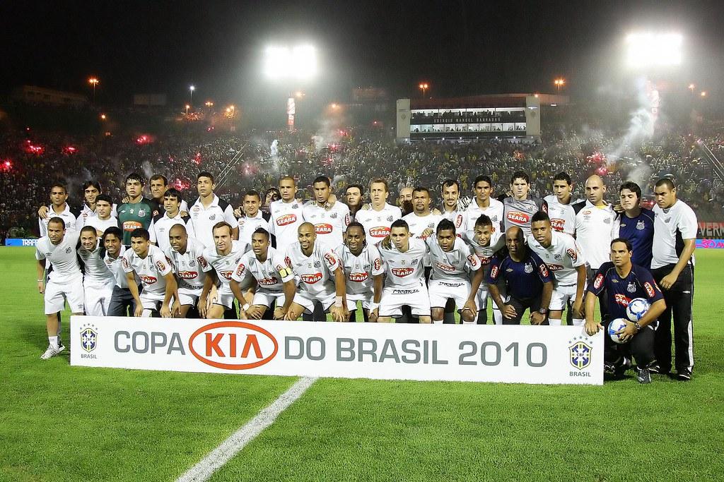 Santos FC conquista Copa do Brasil pela primeira vez em sua história (Santos  Futebol Clube e622d8f38ac1f