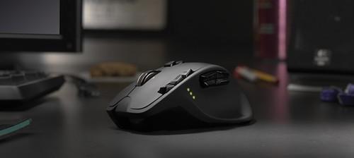 Logitech G700 bevielė pelė, G510 klava ir G930 ausinės