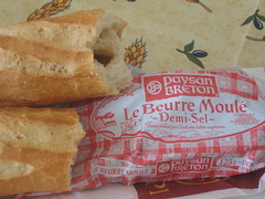 Bread and butter (Med on the Med) Tags: bread pain butter beurre baguettefood