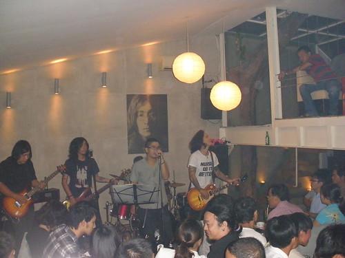 Rock cùng Yoko