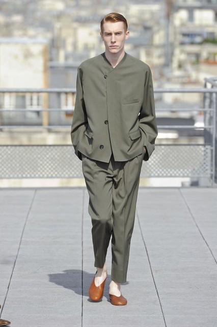 Bastien Bonizec3108_SS11_Paris_Christophe Lemaire Haute Couture(lizzylily@mh)