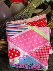 Bolsinha para mini livros. Pixibcher (Ciane Home & Kids by Savanna) Tags: new baby set buch kinder infantil toalha livros novas neu conjunto pixi tasche bolsinha portafraldas badtuch