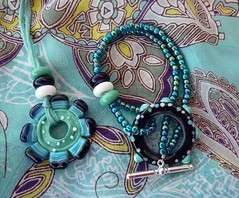 Holiday Jewellery (LushLampwork) Tags: uk glass necklace beads handmade jewellery button bracelet malvern lush lampwork focal juliefountain lushlampwork fhfteam