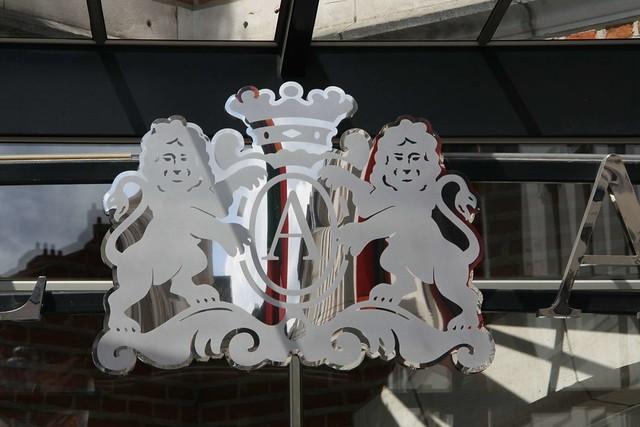 brussels europa europe place belgium belgique belgië bruxelles ponte brüssel brussel belgica bruxelas petitjulien belgien neoclassic mannekenpis aponte neoclassique rouppe antonioponte ponteantonio saigneurdeguerre