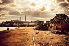 the scrapyard (Dennis_F) Tags: light sky cloud sun metal clouds docks germany deutschland licht sony himmel wolke wolken sigma dirty dirt scrapyard fullframe dslr 50 sunrays fluss baden karlsruhe metall rhein gebude fkk sonnenstrahlen 50mmf14 bulding dreck rheinhafen schienen dockside sigma50mm sigmalens dreckig schrottplatz hafenanlage a850 festbrennweite sonyalpha sonydslr flickrklubkarlsruhe vollformat sigma5014 sigma50mmf14 sigmaobjektiv dslra850 sonya850 sonyalpha850 alpha850