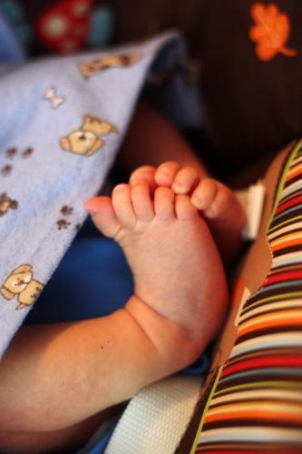 Tiny feet 2