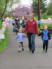 Walk (Clarkston SCAMP) Tags: kids balloons children kid child mother sidewalk holdinghands fundraiser nonprofit holdhands walkandroll walkroll clarkstonscamp