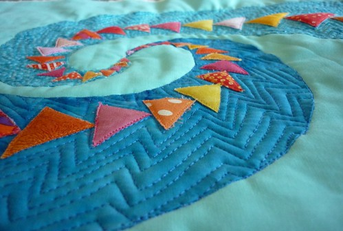 echo quilting of geese