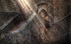 [フリー画像] 建築・建造物, 宮殿・城, 日光・太陽光線, 201008170100