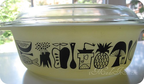 pyrex spring promotion 1958 decorator with lid