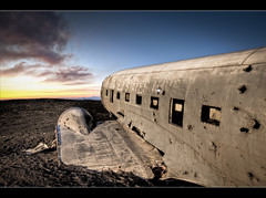 DC-3 in Solheimasandur (Oli Haukur) Tags: sunset beach airplane iceland sand desert crash navy dc3 usnavy stranded sumar warplane wrack oldplanes suurland slsetur flugvlar ozzo slheimasandur olihaukur wrackedplane beachesoficeland rystur gamlarflugvlar