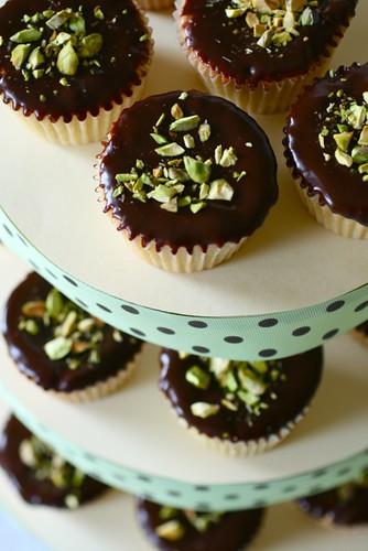 Pistachio Cupcakes - Annie's EatsAnnie's Eats