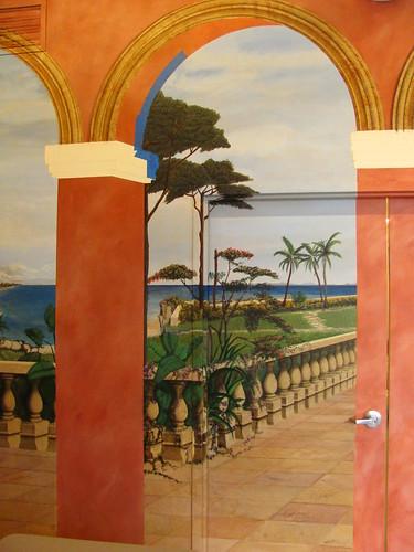 Airbrush for murals