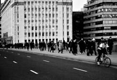 people (DanielaUrbano) Tags: people bw london daniela 1855mm canon400d