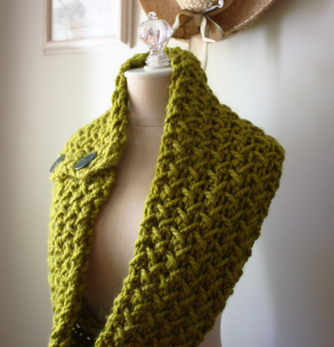 New!  Olive herringbone chunky oversized - just in time for Fall
