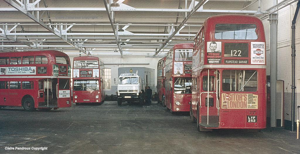 LT Plumstead Garage, 1977