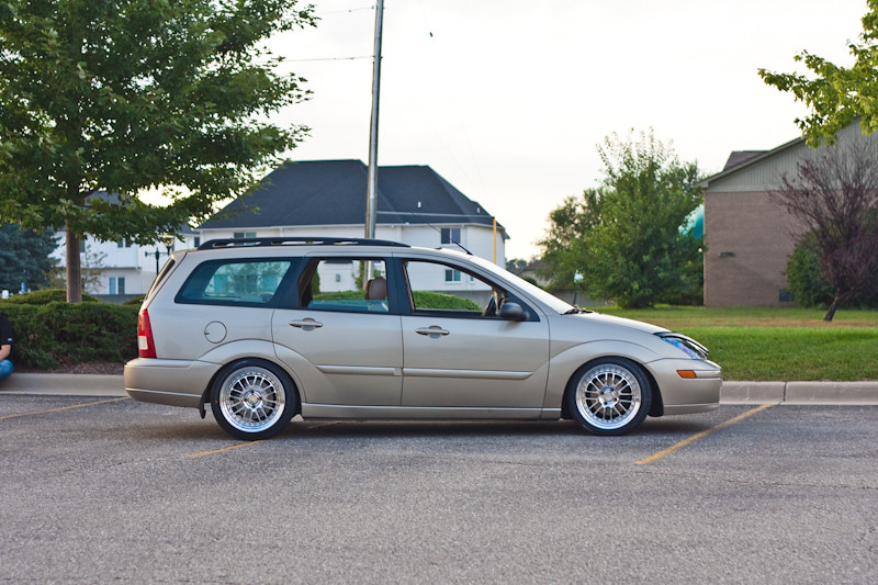 Ford Camber >> Focus Wagon / CCW LM16's