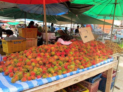 Ban Saladan market rambutan