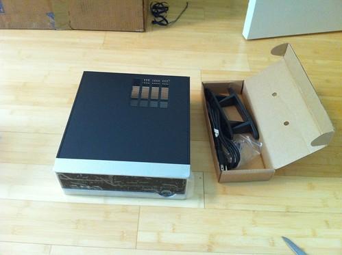 Foxconn RS233 Mini ITX case