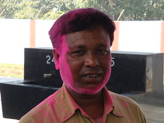 Holi colours at the station. (Malc ) Tags: india holiday colour festival photo photos malc hindu holi hindufestival springfestival holifestival holifestivalindia photosof colourfestival  holiinindia holicolours malcc malcolmchapman holitraditions malcolmpchapman holifestival2013 holi2013 doajtra  puriholifestival