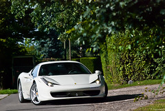 Ferrari 458 Italia (Lambo8) Tags: summer bw horse wheel wednesday photography photo hp nikon shoot italia power suisse geneva photos uae 8 august ferrari v filter arab f 200 arabe brakes whte af nikkor blanche t ge 80 genve f8 77 bianco blanc italie v8 ch maranello 2010 aot 80200mm 80200 ksa switerland arabs filtre mercredi 80mm 200mm bhp 77mm 458 fiorano afd polarising arabes polarisant a d80 570bhp 570ch 570hp