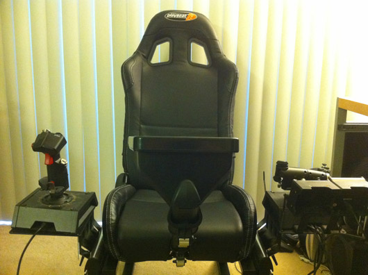 Playseats Flight Simulator Gaming Chair - A Review (Hardware