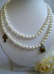WHITE Faux Pearl With Key And Lock Necklace