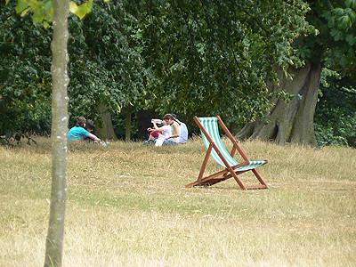 chaise à Kensington.jpg
