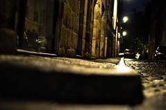 Night catwalk (petitlu aussi sur facebook) Tags: night 50mm nikon bokeh lumière pluie ruelle rue nuit nantes catwalk lampadaire trottoir pavé d90