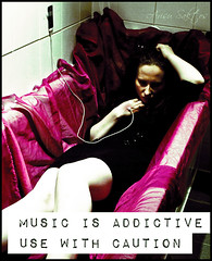 [167/365] : Addiction (Arisu Saktos) Tags: music selfportrait girl contrast bathroom nikon ipod bathtub 365 grainy addiction day167 addictive nikond60 arisu 365project 167365 arisusaktos alicjaszymalska