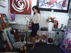 Meu estander na feira do empreendedor. (MIRIAN ARCENO pintura em tela e artesanatos) Tags: red flores feira rosas decorao arranjos provenal