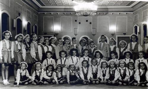 Bērnu baleta pulciņš, vadītāja Zēberga, 1958 gads, SkReizina030