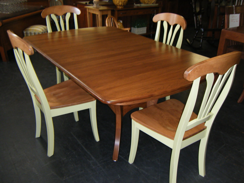 Galveston table/ Natalie Chairs