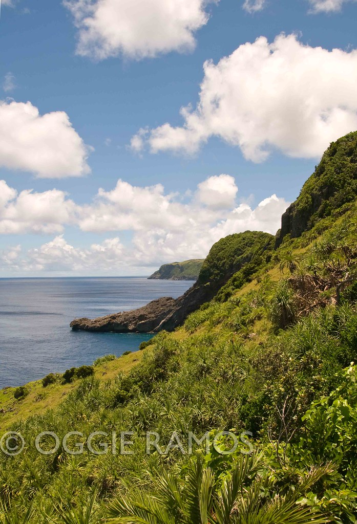 Batanes Itbayat Chinapoliran Green Cliffside View