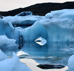 Hole, not empty (ystenes) Tags: lake ice iceland lagoon 1001nights sland vatnajkull magiccity  jkulsarlon mygearandmepremium mygearandmebronze mygearandmesilver mygearandmegold mygearandmeplatinum mygearandmediamond mygearandmeplatinium