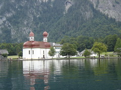 Knigssee (St. Bartholom Church) (maska_29) Tags: lake church germany bavaria europe sony cybershot land dscp93 knigssee stbartholom berchtesgadener