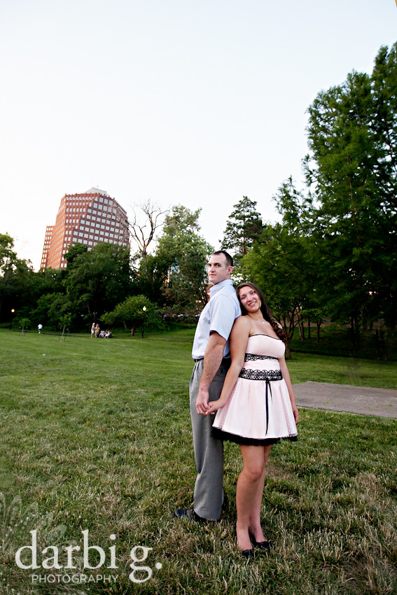 DarbiGPhotography-Kansas City wedding photography-engagement photography-Kansas City Country Club Plaza-116