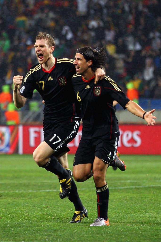 Mundial Sudáfrica Alemania Uruguay Sami Khedira y Per Mertesacker