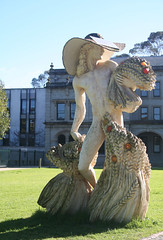 20100711_7231 The Comrades Reward (williewonker) Tags: sculpture nude australia victoria publicart mansion grounds werribee wyndham the helenlempriere nationalsculptureaward werribeepark comradesreward williameicholtz